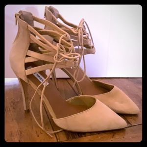 Steve Madden Lace Up stiletto heel